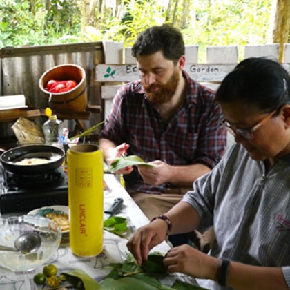 Preparing lunch lessons - kampong style